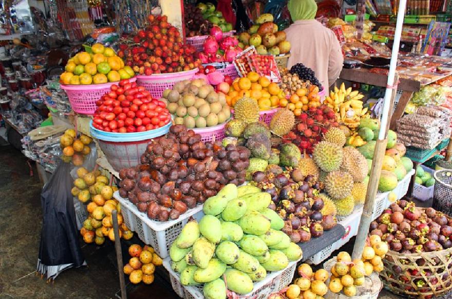candi-kuning-traditional-market