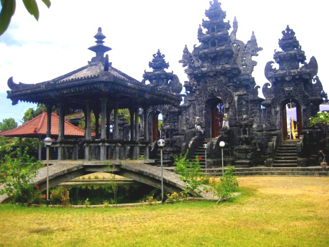 PLACE TO VISIT IN NORTH OF BALI
