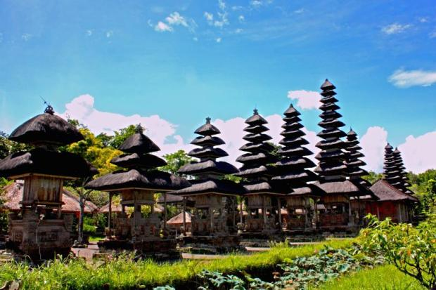 BALI TRAVEL PACKAGE/taman-ayun-temple