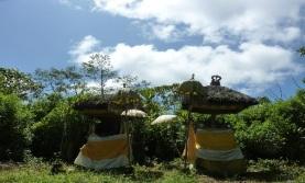 hiking to mount lesung bali