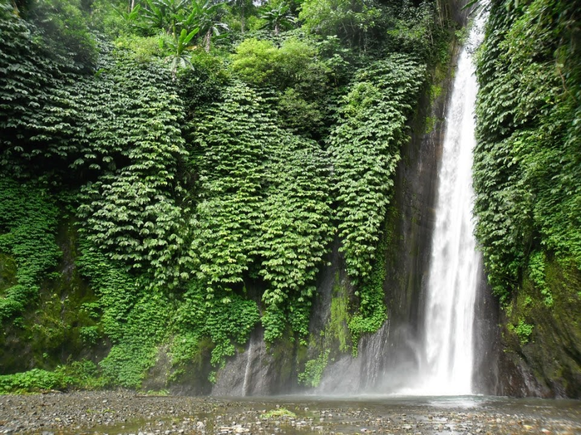munduk-waterfall-trekking