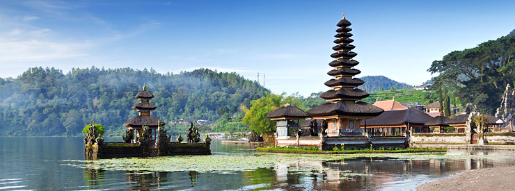we-will-visit-ulun-danu-temple-before-reach-munduk-village