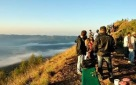 local guide mount batur trekking