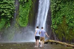 munduk waterfall trekking tour