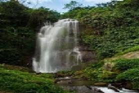munduk waterfall trekking tours