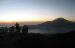 trekking to bali volcano