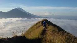 trekking tour bali volcano