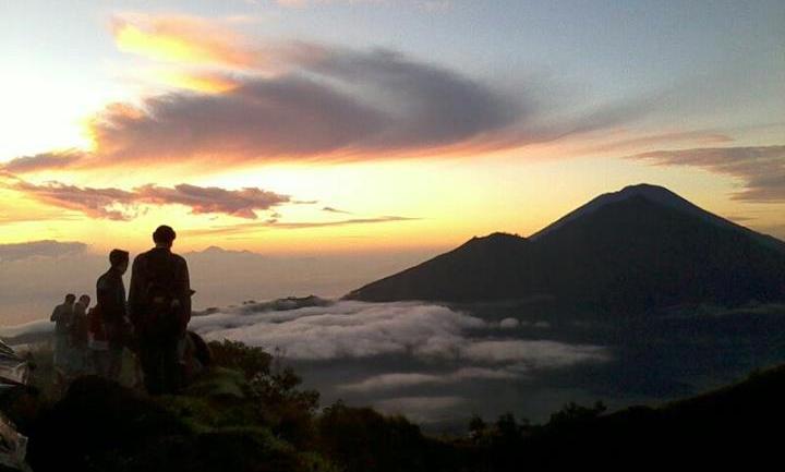 Bali sunrise trek