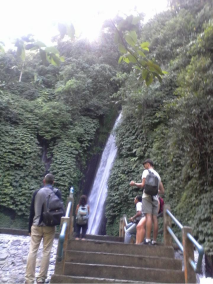 3-waterfalls-trek-in-munduk-bali