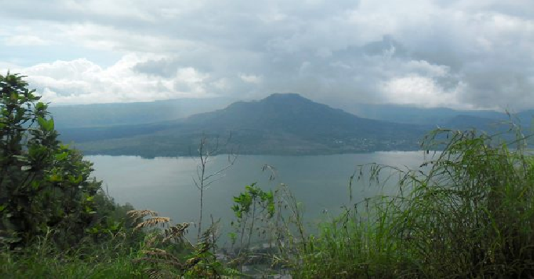 mt-abang-sunrise-trekking-tour