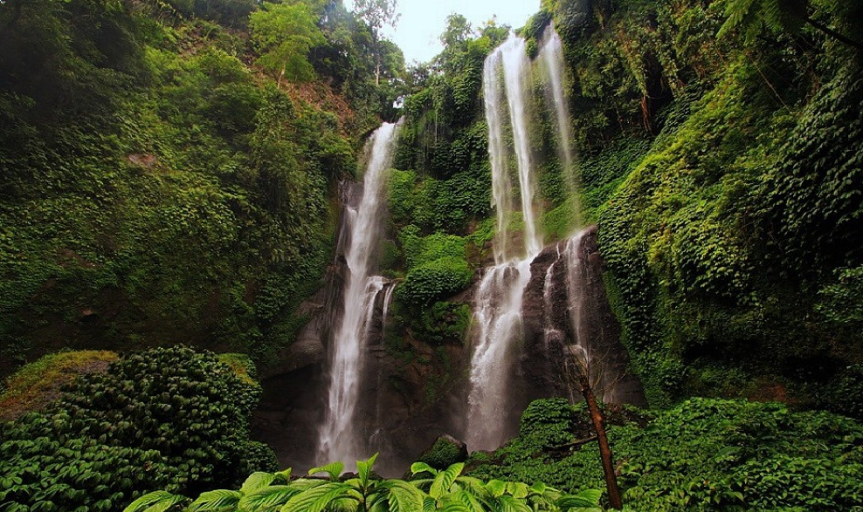 sekumpul-waterfalls