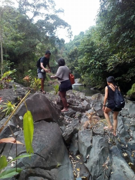 visiting sambangan waterfalls with Bali Jungle Trekking Team Guide