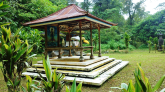 Visiting Ulun danu temple during Tamblingan Jungle Trekking Adventure