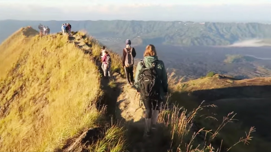 the-excitement-of-volcano-sunrise-trek-in-bali