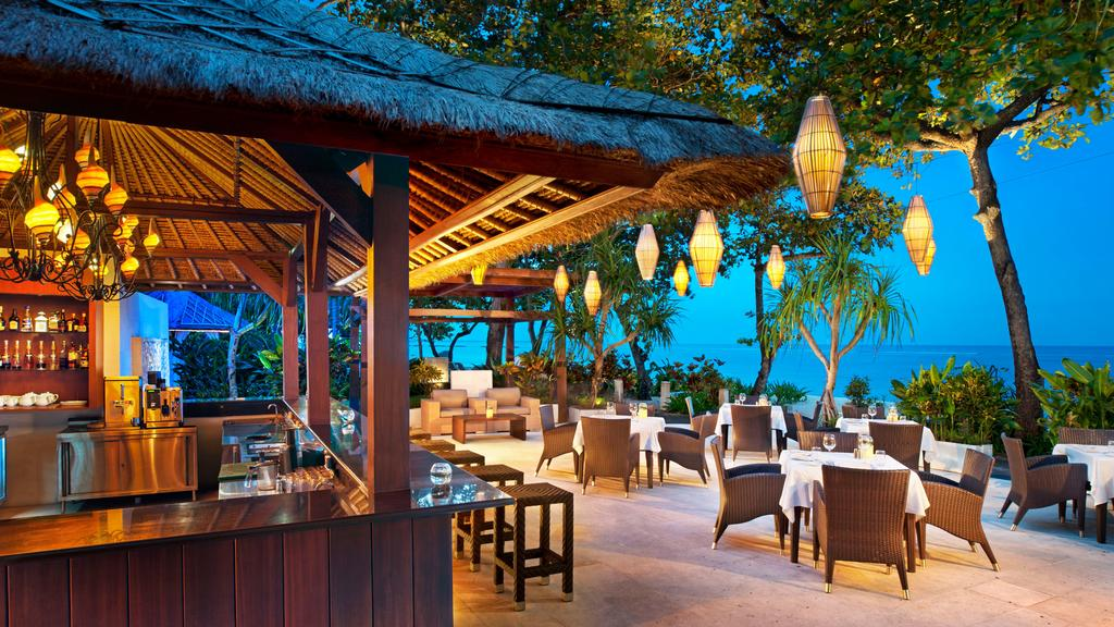 Bar Of Laguna Resort Recommend By Bali Jungle Trekking
