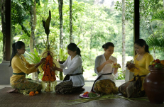 guest-activities-at-royal-pitamaha-ubud-bali-jungle-trekking-tour-and-guide